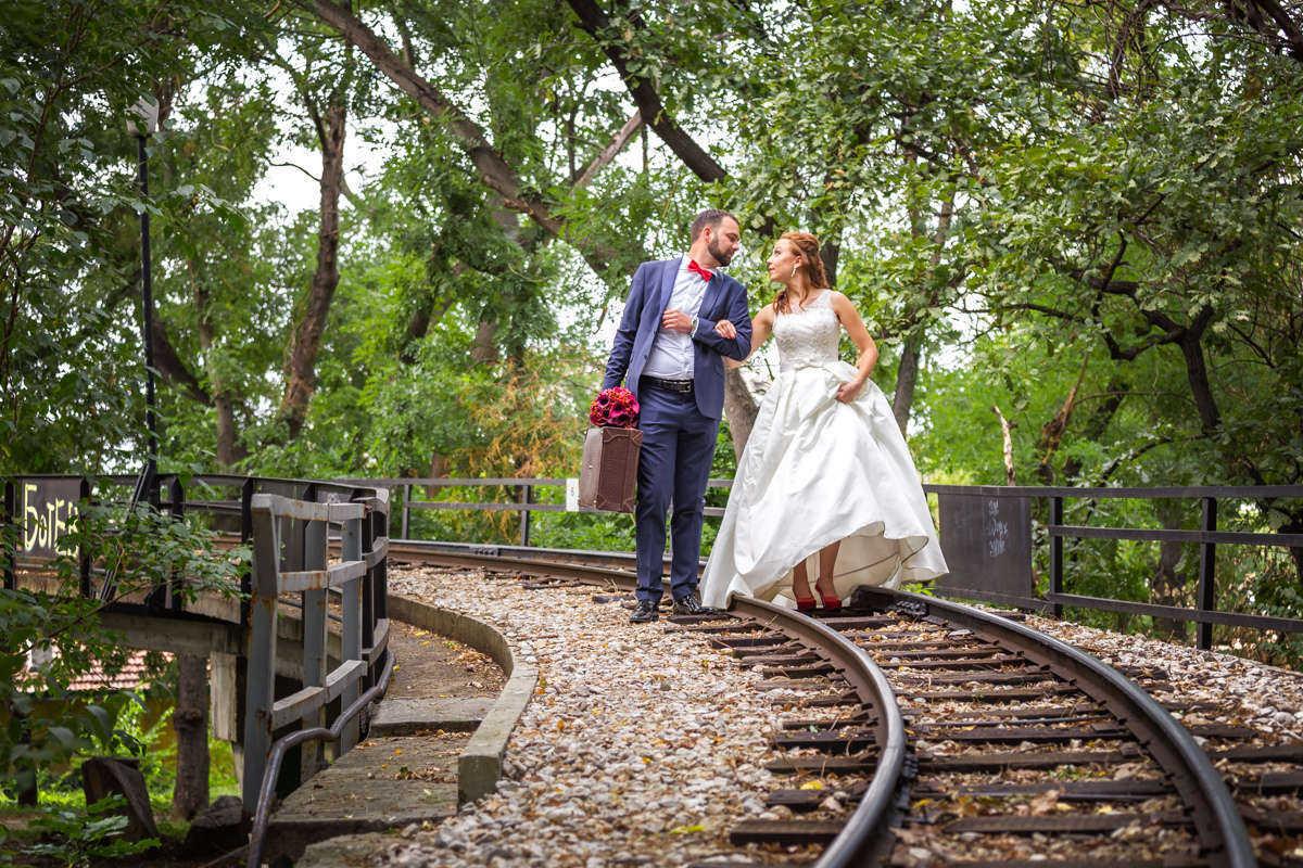 Моменти от сватбата на П&С. Сватбена фотография от професионален фотограф Иван Банчев.