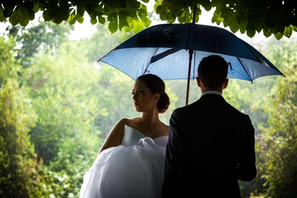 Моменти от сватбата на М&Д. Сватбена фотография от професионален фотограф Иван Банчев.