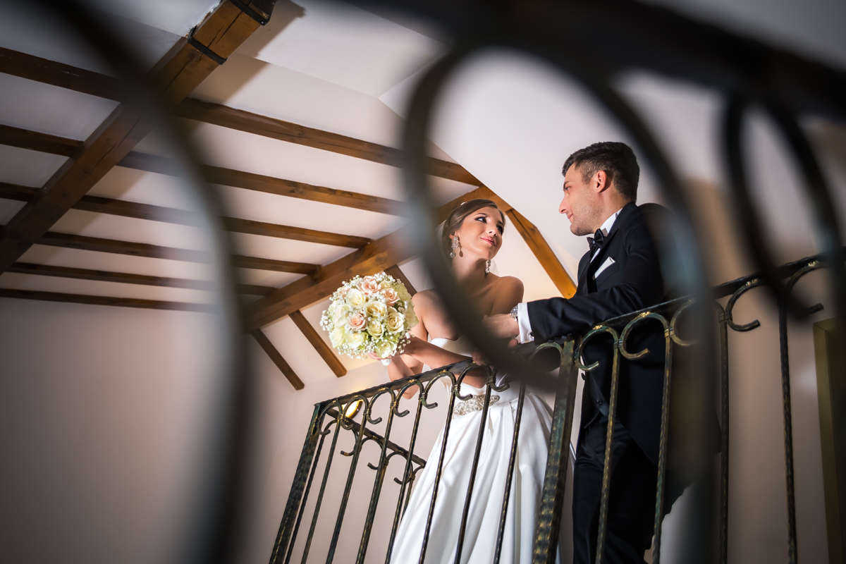 Моменти от сватбата на К&Д. Сватбена фотография от професионален фотограф Иван Банчев.