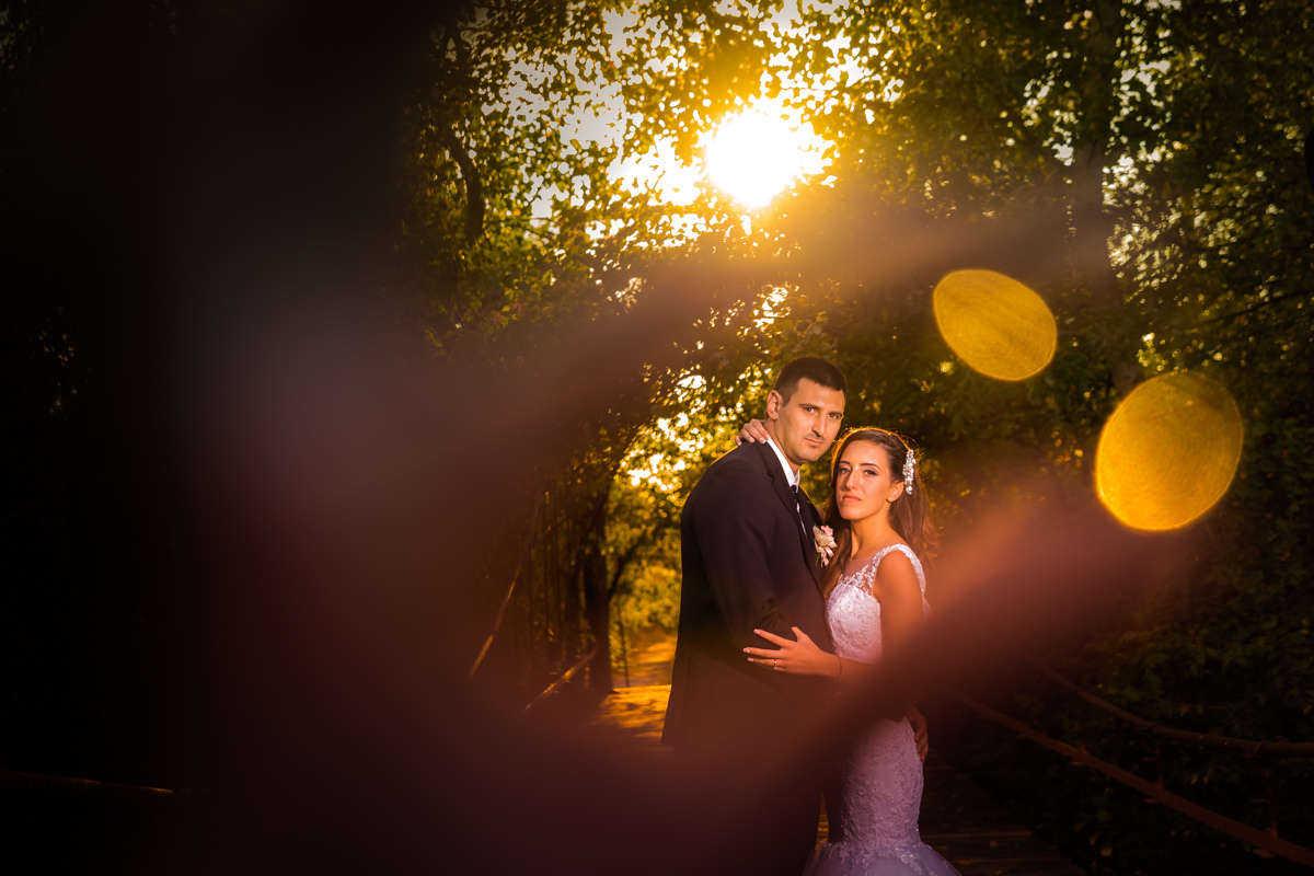 Моменти от сватбата на Т&К. Сватбена фотография от професионален фотограф Иван Банчев.